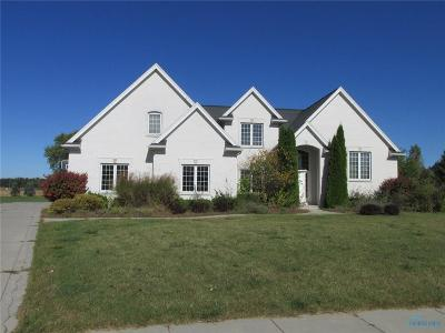 Maumee OH Single Family Home For Sale: $390,000