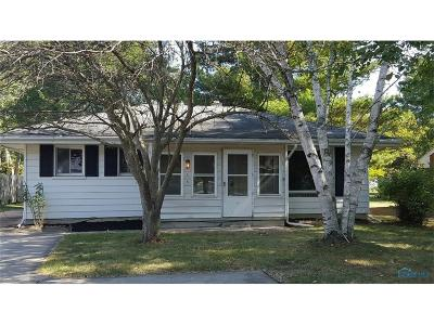 Maumee Single Family Home For Sale: 4339 May Drive