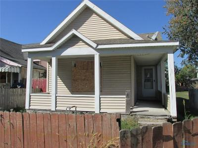 Single Family Home For Sale: 1957 N Erie Street