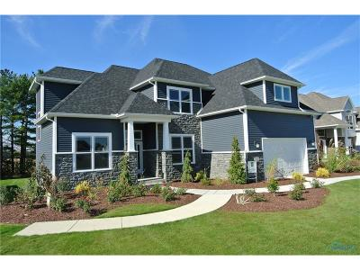 Perrysburg Single Family Home For Sale: 2998 Woods Edge