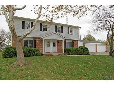 Perrysburg Multi Family Home For Sale: 28740 Starbright Boulevard