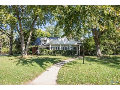 Toledo Single Family Home For Sale: 3740 Cavalear Drive