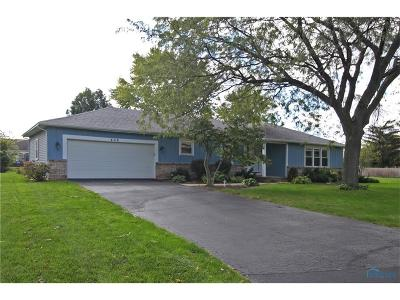 Maumee Single Family Home Contingent: 406 Harris Court