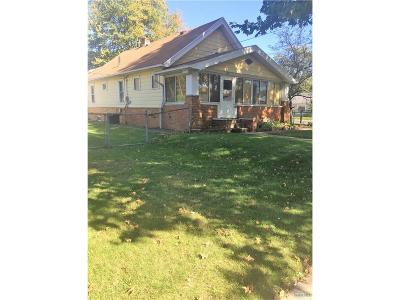 Toledo OH Single Family Home For Sale: $40,000