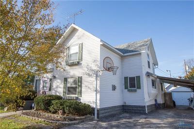 Single Family Home For Sale: 305 E Saint Clair Street