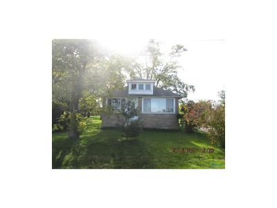 Curtice OH Single Family Home For Sale: $44,900