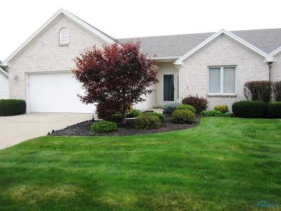 Maumee Condo/Townhouse Contingent: 4438 Clearwater Drive