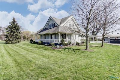 Perrysburg Single Family Home For Sale: 15943 Ovitt Road