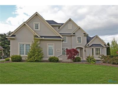 Ottawa Hills, Monclova, Oregon, Rossford, Swanton, Berkey, Metamora, Lyons, Whitehouse, Waterville Single Family Home For Sale: 8030 Winding Ridge Boulevard