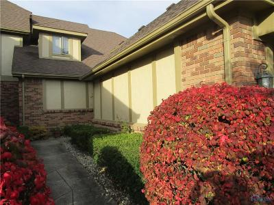 Toledo Condo/Townhouse Contingent: 1604 Saddlebrook Court #A