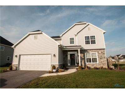 Perrysburg Single Family Home For Sale: 2782 Woods Edge Road