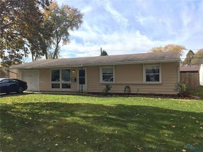 Maumee Single Family Home Contingent: 1413 Eastfield Drive