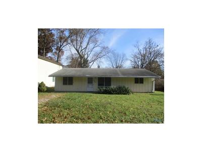 Toledo OH Single Family Home For Sale: $37,400