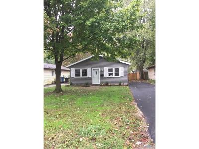 Toledo OH Single Family Home For Sale: $61,900