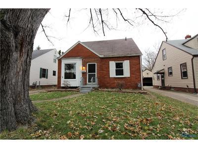 Toledo Single Family Home For Sale: 3944 Bowen Road