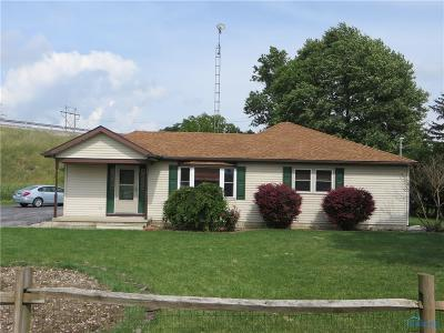 Perrysburg OH Single Family Home For Sale: $109,000