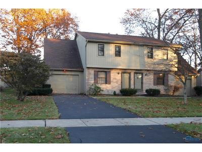 Toledo Condo/Townhouse For Sale: 2714 Sweetbriar Court #2714