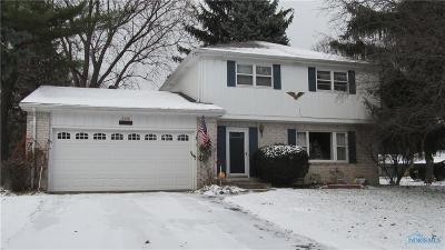 Toledo Single Family Home For Sale: 2330 Karendale Drive