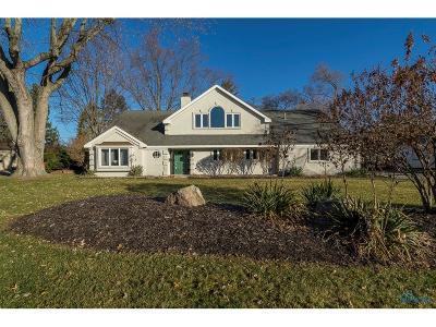 Ottawa Hills, Monclova, Oregon, Rossford, Swanton, Berkey, Metamora, Lyons, Whitehouse, Waterville Single Family Home For Sale: 4316 Sheraton Road