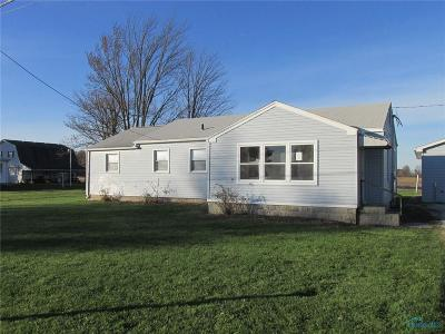 Oak Harbor OH Single Family Home For Sale: $65,000
