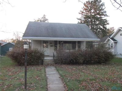 Genoa OH Single Family Home For Sale: $76,000