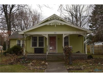 Perrysburg Single Family Home For Sale: 232 W 6th Street