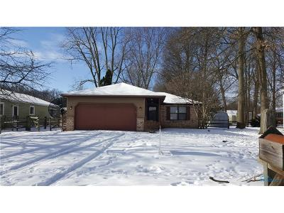 Toledo Single Family Home For Sale: 2559 Warner Avenue