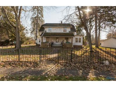Waterville Single Family Home For Sale: 1051 Farnsworth Road