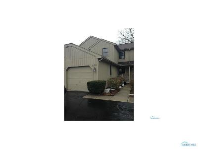 Toledo Condo/Townhouse For Sale: 2739 Sweetbriar Court #2739