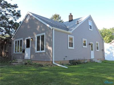 Toledo Single Family Home For Sale: 3402 Pineway Drive