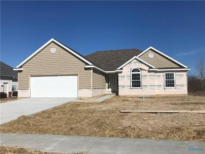 Ottawa Hills, Monclova, Oregon, Rossford, Swanton, Berkey, Metamora, Lyons, Whitehouse, Waterville Single Family Home For Sale: 1781 Grand Bay