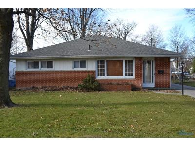 Maumee Single Family Home Contingent: 1059 Leith Street
