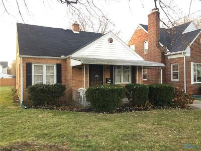 Rossford Single Family Home For Sale: 141 Windsor Drive