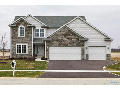 Maumee Single Family Home For Sale: 2986 Stonegate Drive