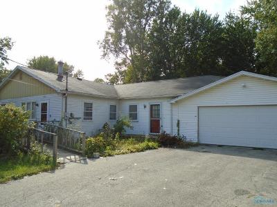 Holland Single Family Home For Sale: 706 Culley