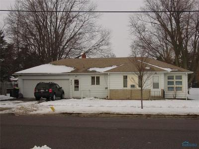 Pioneer OH Single Family Home For Sale: $59,900