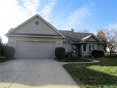 Rossford Single Family Home For Sale: 947 Orchard Street