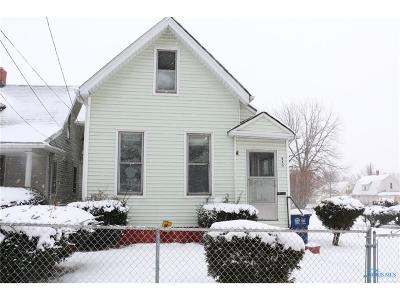Toledo Single Family Home For Sale: 660 Curtis Street