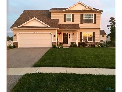 Perrysburg Single Family Home For Sale: 25064 Belmont Court