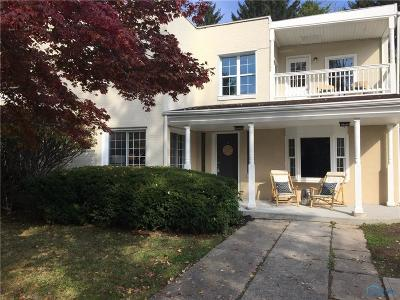 Maumee Single Family Home For Sale: 732 Inwood Place