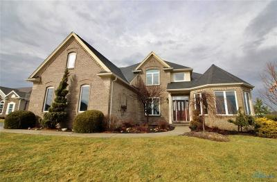 Perrysburg Single Family Home For Sale: 15630 Grand Bank Way