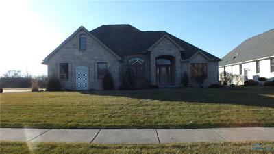 Lucas County Single Family Home For Sale: 560 Quail East Drive