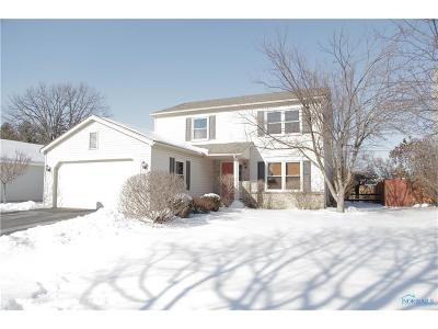 Maumee Single Family Home Contingent: 511 Centerfield Drive
