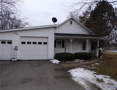 Single Family Home For Sale: 106 Road Street