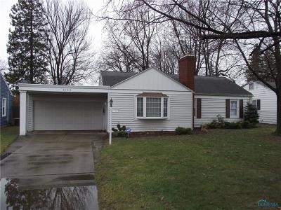 Toledo Single Family Home For Sale: 4163 Crary Drive