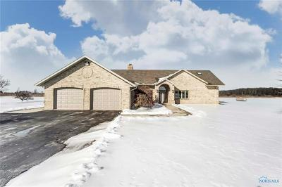 Perrysburg Single Family Home Contingent: 5700 Libbey Road
