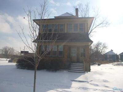 Toledo OH Multi Family Home For Sale: $2,000
