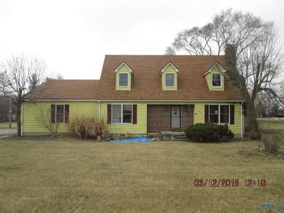 Oak Harbor OH Single Family Home For Sale: $126,300