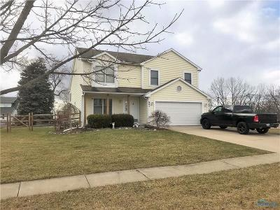 Rossford Single Family Home For Sale: 951 Orchard Drive
