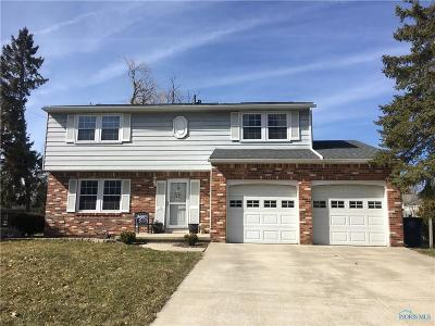 Perrysburg Single Family Home For Sale: 120 Birchcrest